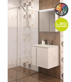 Комплект мебел за баня от PVC със стилен дизайн.